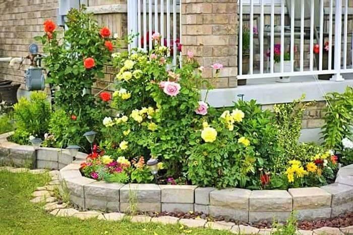 Small Garden Designs Ideas- (16)