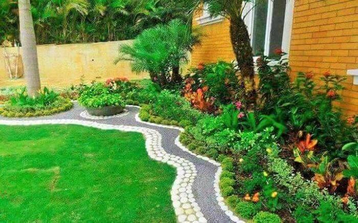 Small Garden Designs Ideas- (18)
