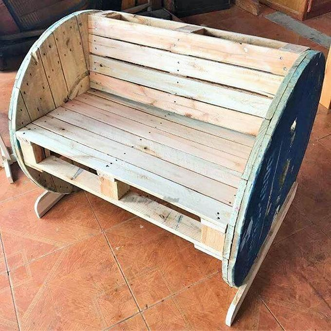 Top-ways of turning pallets into furniture- (15)